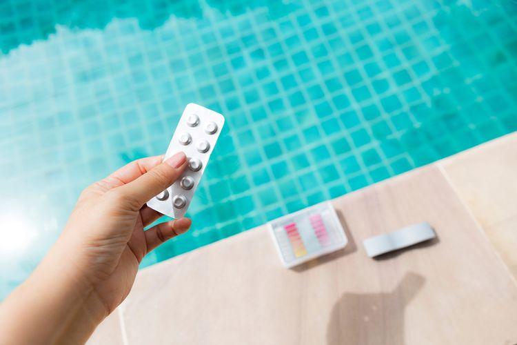 Bezchlorová bazénová chemie