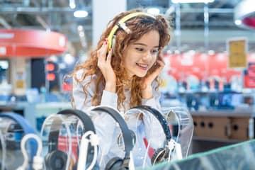 Bluetooth slúchadlá cez hlavu