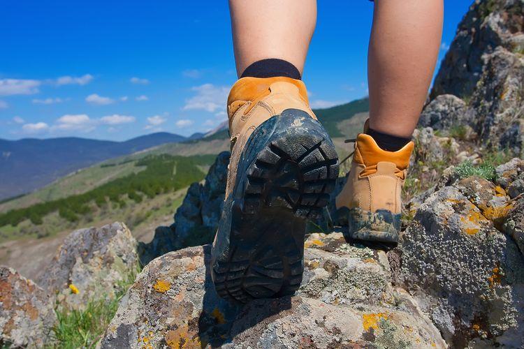 Turistická obuv s protišmykovou podrážkou